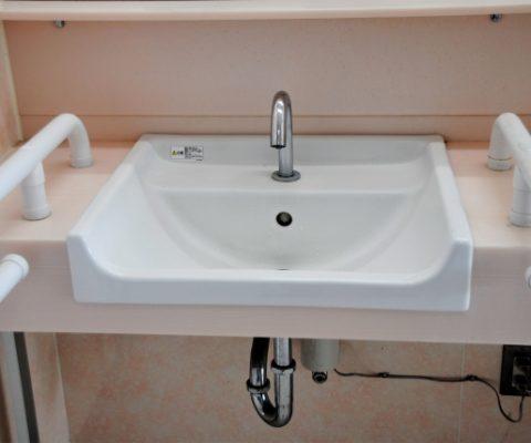 洗面所をバリアフリーにリフォームする5つのポイント