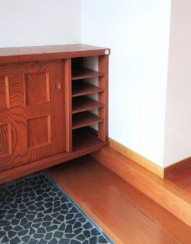玄関の床タイルはタイルオンタイルで気軽にリフォーム