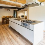 壁付きキッチンを対面キッチンにリフォームできる?