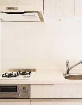 キッチンの高さが合わない!適切な高さにリフォームするには?
