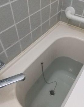 浴室のタイルにヒビが入った!ヒビをDIYで補修する方法