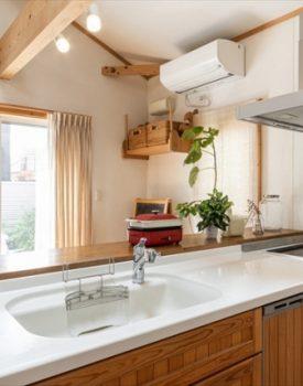 キッチンは住みながらでもリフォームできる?流れと注意点