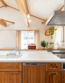 キッチンの収納力アップ!デッドスペースを活かすアイデア