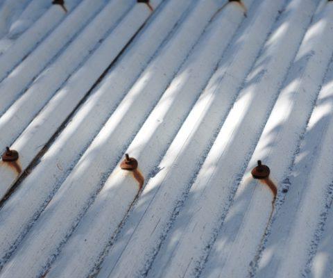 トタン屋根の特徴とメリットデメリット