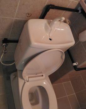 トイレタンク手洗い部分設置工事