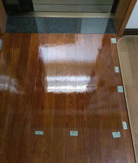 フローリング 床 傷 修復工事