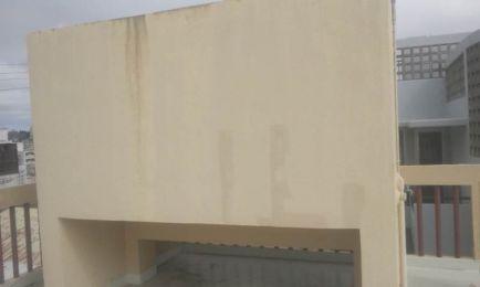 大きく分厚い正方形の水タンクでとても40年以上経過しているとは思えません(^^;)
